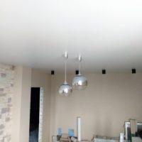 7-белые-натяжные-потолки-фото